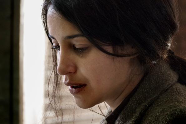 Nur wir drei gemeinsam - Leila Bekhti