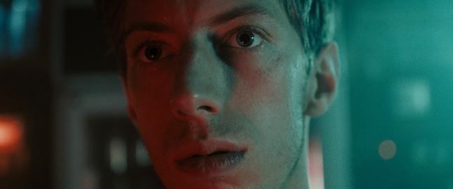 """web_film_3 Max Mauff, """"Wir sind die Flut"""""""